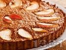 Рецепта Бърз и лесен меден кекс (сладкиш) с парченца ябълки, грис, канела и какао за десерт (със сода, без захар)